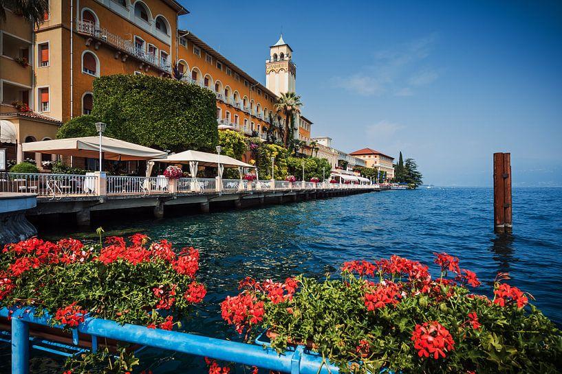 Gardone Riviera (Lake Garda, Italy) van Alexander Voss