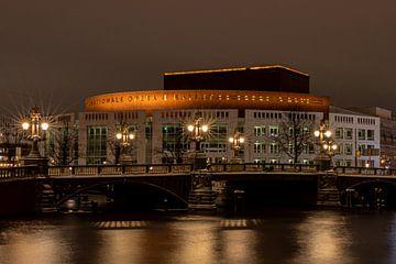 Amsterdam, Stopera en Blauwbrug van Bert Koppe