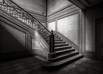 Treppe 2 schwarz/weiss von Olivier Van Cauwelaert