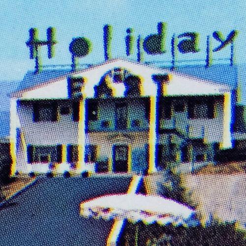 Holiday Hotel (005)