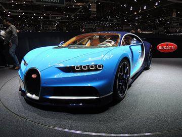 Bugatti Chiron in blau supercar von Atelier Liesjes