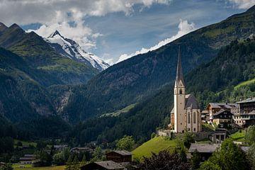 De Pfarrkirche in Heiligenblut, Oostenrijk van Melissa Peltenburg