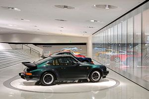 Duitsland / Stuttgart / Porsche 911 serie / 2009