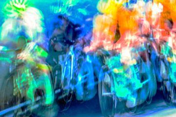 Kleurrijke wielersport van Studio Koers