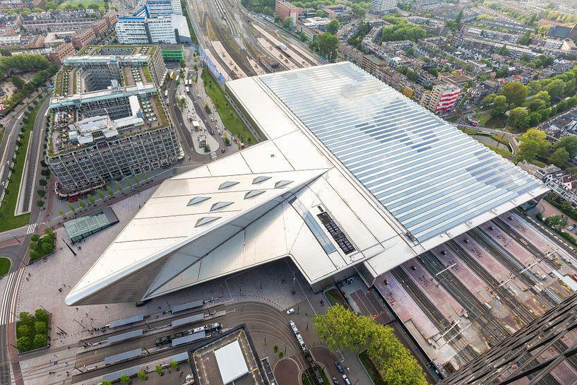 Het futuristische Centraal Station van Rotterdam van MS Fotografie   Marc van der Stelt