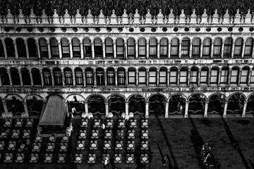 San Marco plein sur Esmeralda holman