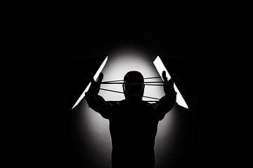 INTO THE SPOT LIGHT SERIE - Het silhouet  part 1 van iulian Nastase