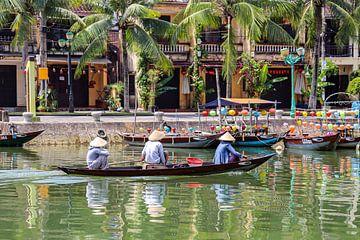 Vissersboot in Hoi An van Kevin de Bruin