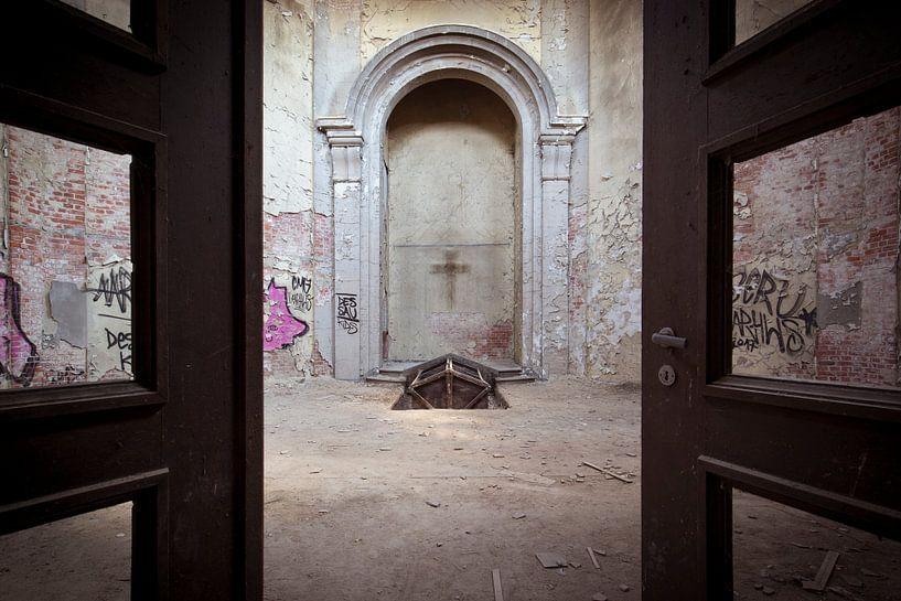 verlaten crematorium van Kristof Ven
