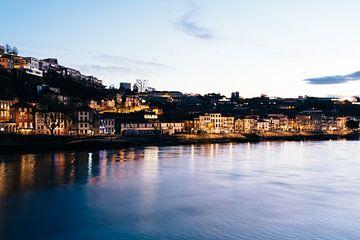 Schemering in de haven van Porto van Annemarie Rikkers