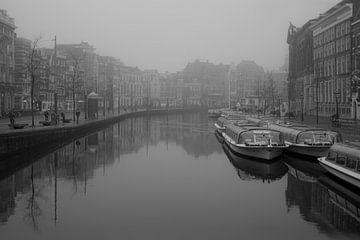 Amsterdam in zwart wit van Ronald van Kooten