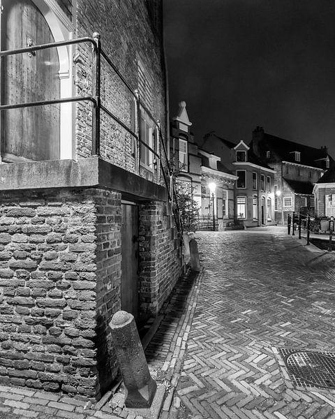 Hometown Nocturnal # 10 van Frank Hoogeboom