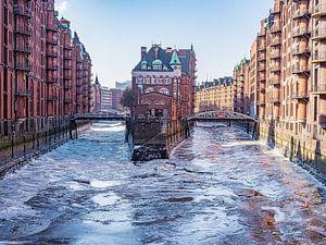 2018-03-03 Wasserschloss im  Eis von Joachim Fischer