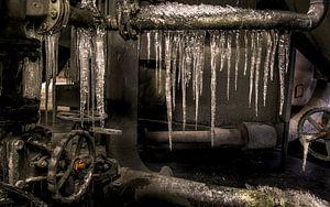 ijspegels in het ovenhuis van