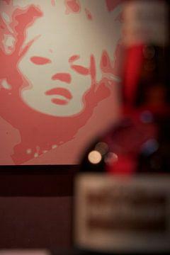 Monroe rouge von Daisy Gilyamse