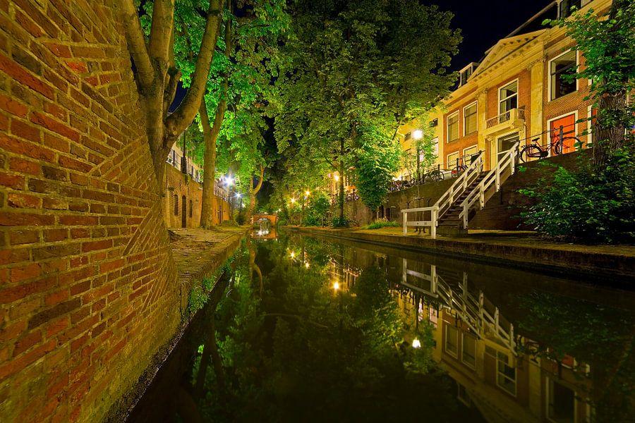 Grachtenpand te Utrecht van Anton de Zeeuw