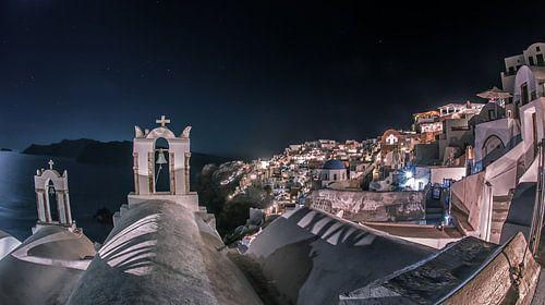 Santorini by night van