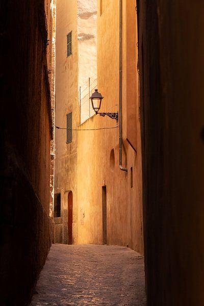 Siësta...Palma de Mallorca van Ina Muntinga