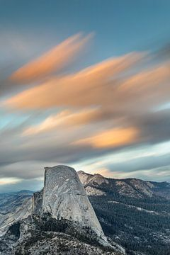 Half Dome bij zonsondergang, Yosemite National Park, Californië, Verenigde Staten, VS, van Markus Lange