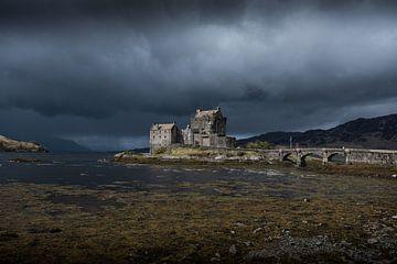 Eilean Donan Castle van Michel Mees