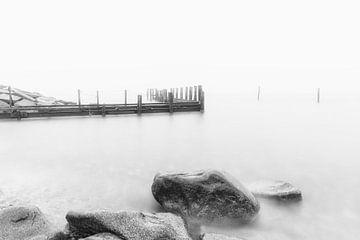 Oude aanlegsteiger in zwart-wit van Tilo Grellmann | Photography