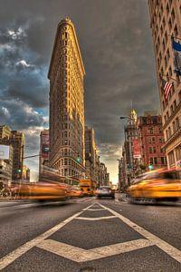 Flatiron Building NYC  van