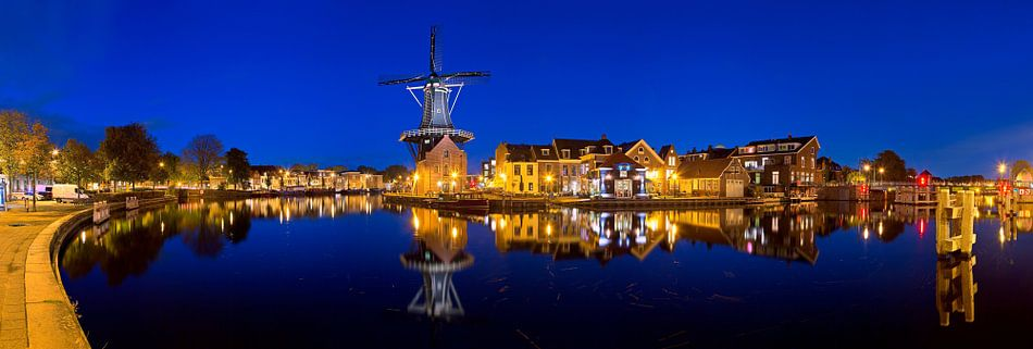 Panorama Molen De Adriaan te Haarlem