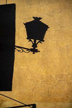 Schatten einer marokkanischen Laterne von Mariska Luth