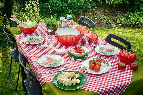 Piccobella servies met tomaten van