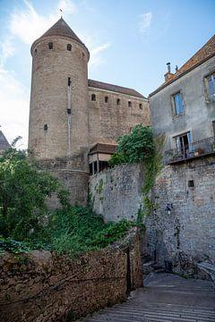 Torens  Semur-en-Auxois, Frankrijk van Joost Adriaanse