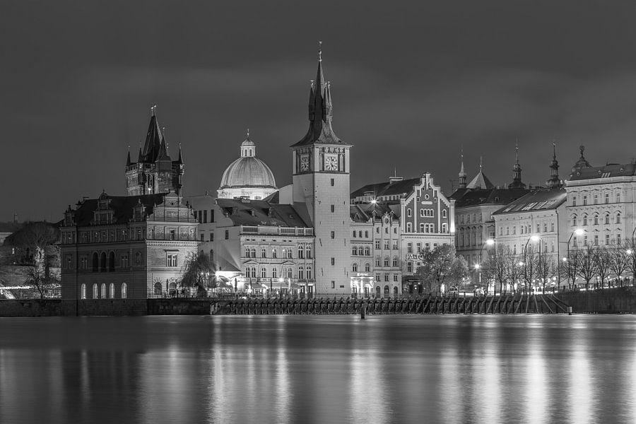 De oude stad van Praag in zwart-wit, Tsjechië  - 1