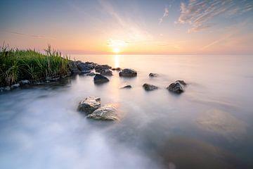 Sonnenaufgang über dem Markermeer von Fotografiecor .nl