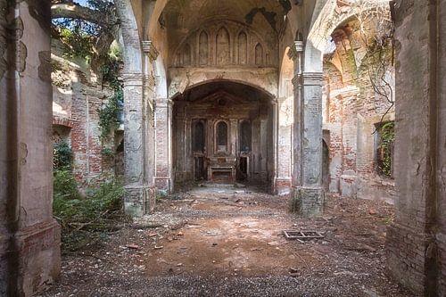 Verlaten Kerk in Verval.