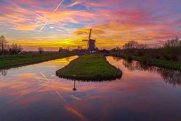 Moulin à vent l'Onrust au beau coucher de soleil sur Sander Hupkes