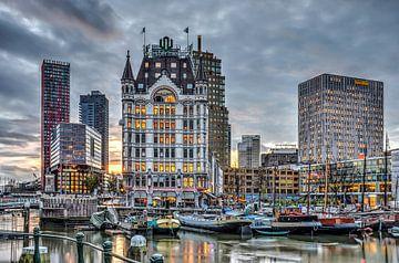 Le Vieux-Port de Rotterdam Pendant le Soir sur