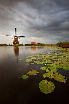 Dutch weather in Kinderdijk sur Peter Halma