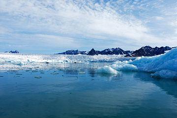 Blaues Eis Lilliehookbreen von Senne Koetsier