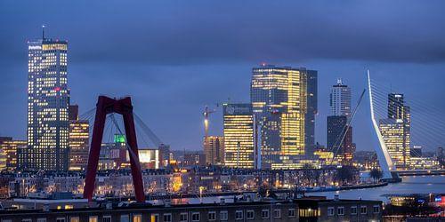 Avondfoto skyline Rotterdam 2018
