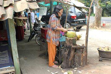 Streetlive Indonesië  van Raoul van de Weg