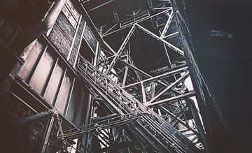 Treppe zum Hochofen - Landschaftspark Duisburg Nord - Stahlwerk, Zeche von Jakob Baranowski - Off World Jack
