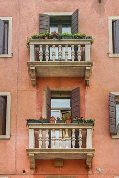 Architektur der Häuser in Venedig von Aukelien Philips