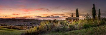 Huis in de heuvels van Toscane in Italië van Fine Art Fotografie