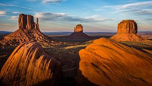 Zonsondergang in Monument Valley van
