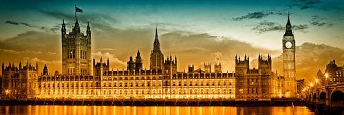 Nightly View - Houses of Parliament van Melanie Viola