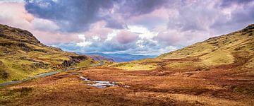 Letztes Tageslicht im Tal, Lake District, Großbritannien von Rietje Bulthuis
