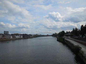 Maas in Maastricht van Joke te Grotenhuis