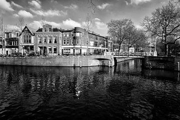 Eingemauerter verwitterter Ostteil in Utrecht von De Utrechtse Grachten