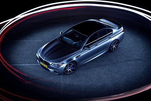 Mat grijs BMW M5 30 jahre editon von Ansho Bijlmakers