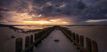 Sorrow Panorama van Thom Brouwer