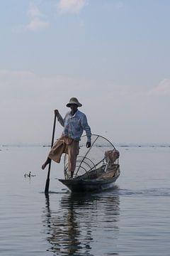 Visser Inle Lake, Myanmar van Tom Timmerman
